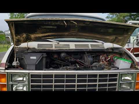 1983 Dodge Xplorer M-228 Motorhome Engine Running
