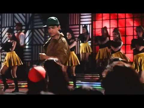 Aisa Zakhm Diya Hai - Akele Hum Akele Tum (1995)  HD  1080p  BluRay  Music Video.mp4