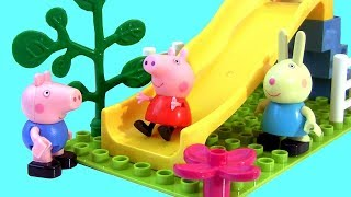 Peppa Pig Playground Slide Blocks set toys review and toy Surprises