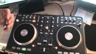 DJ Tutor reviewing the NUMARK MIXTRACK PRO.  Tutorial 6, Key lock, pitch and pitch bend
