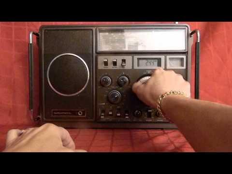 GRUNDIG SATELLIT 1400 SL SHORT WAVE RADIO