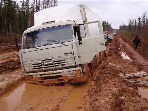 camiones encajados...