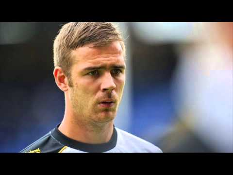 Port Vale's Tom Pope talks to 6 Towns Radio ahead of the Rochdale game (11th April 2013)