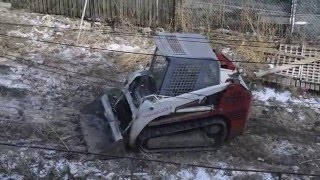 Takeuchi TL130 Tracked Loader Clearing Land