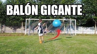¡RETO PENALTIS CON BALÓN GIGANTE!