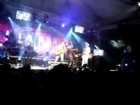 Luan Santana com Fernando e Sorocaba em Balneário Camboriú