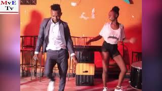 ALLY MAHABA AWAPAGAWISHA MASHABIKI WAKE AKATA MAUNO NA DANCERS WAKE KINOMA NOMA