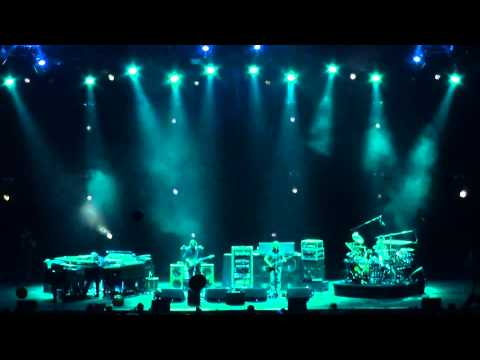 Phish | 10.31.10 | The Divided Sky part 1