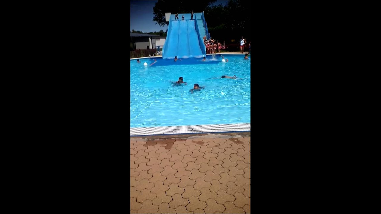 Piscina Magenta Youtube