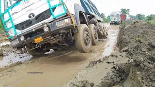 Never Ever Seen Before - Indian Goods Trucks Are Running On Indian Dangerous Mud Road - Truck Videos