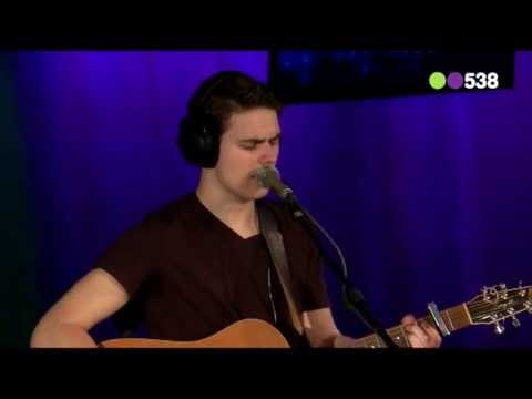 Haris - Playing With Fire (live bij Evers Staat Op)