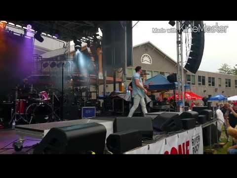 Danny Gokey Live Show