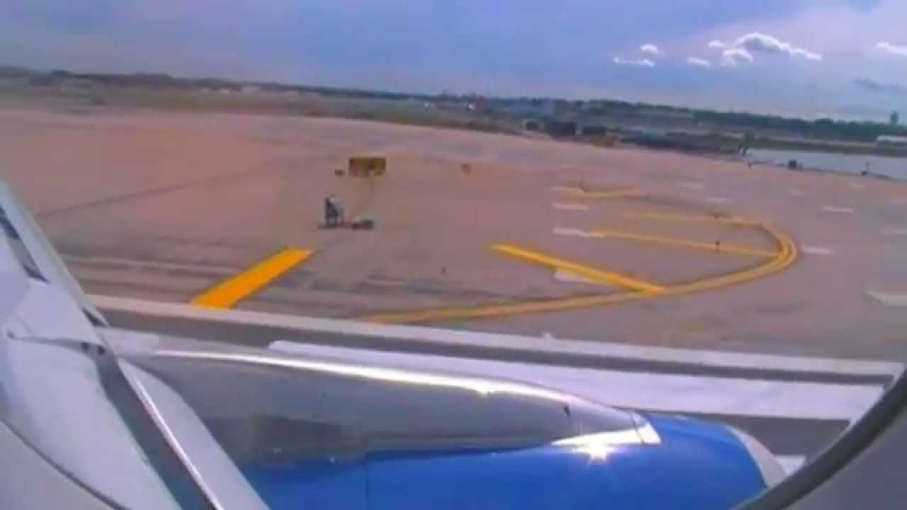 Spirit airlines a320 decent approach and landing at new for Spirit airlines new york