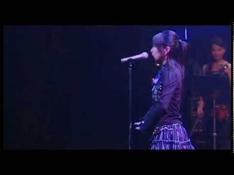 """茅原実里 雪、無音、窓辺にて in 涼宮ハルヒの激奏。 間違いてもかまいません。いい曲だ。 Chihara Minori in """"Suzumiya Haruhi Live Concert"""" Although small..."""