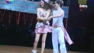 Nikolay Manolov & Azra Akin -Lambada, Yok Boyle Dans
