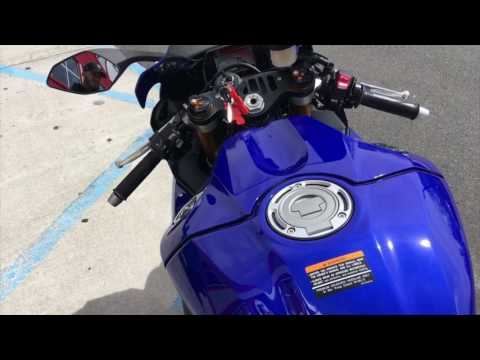 download 2017 Yamaha R1 | First Look