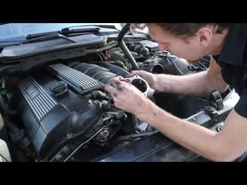 Replacing the Thermostat on BMW E36 328i