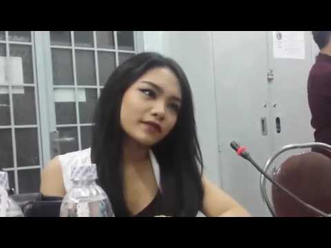 Phỏng vấn Vũ Thảo My | Hậu trường đêm nhạc Chào tân SV K56 | 2015.10.23.(4)