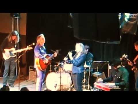 Lucinda Williams & Jim Lauderdale     Will the Circle be Unbroken ?