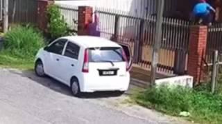 Chủ nhà bỏ chạy khi thấy trộm