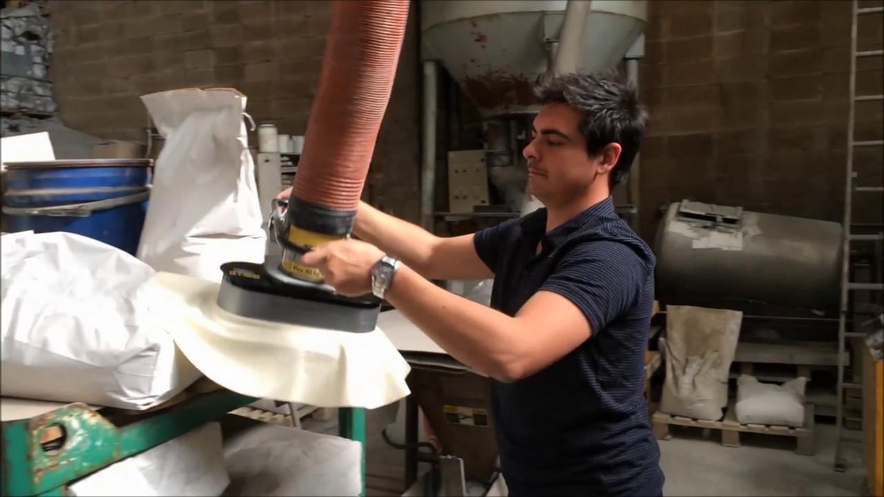 Elevador por vacío para manipular sacos de papel