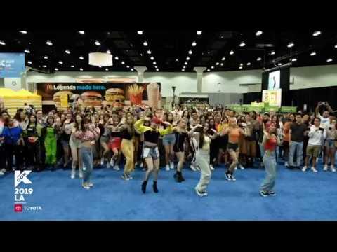 [#KCON19LA] Dance With MOMOLAND!