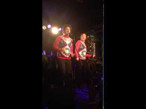 Katie Lowes and Adam Shapiro singing White Christmas IAMA Theatre Holiday Cabaret 12714