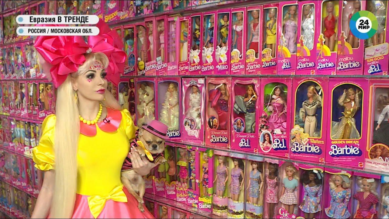 Самоизоляция от коронавируса. Русская Барби Таня Тузова в своем кукольном домике.