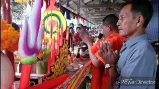 Ghe ngo tam soc ha thuy chuan bi ocomboc 2018