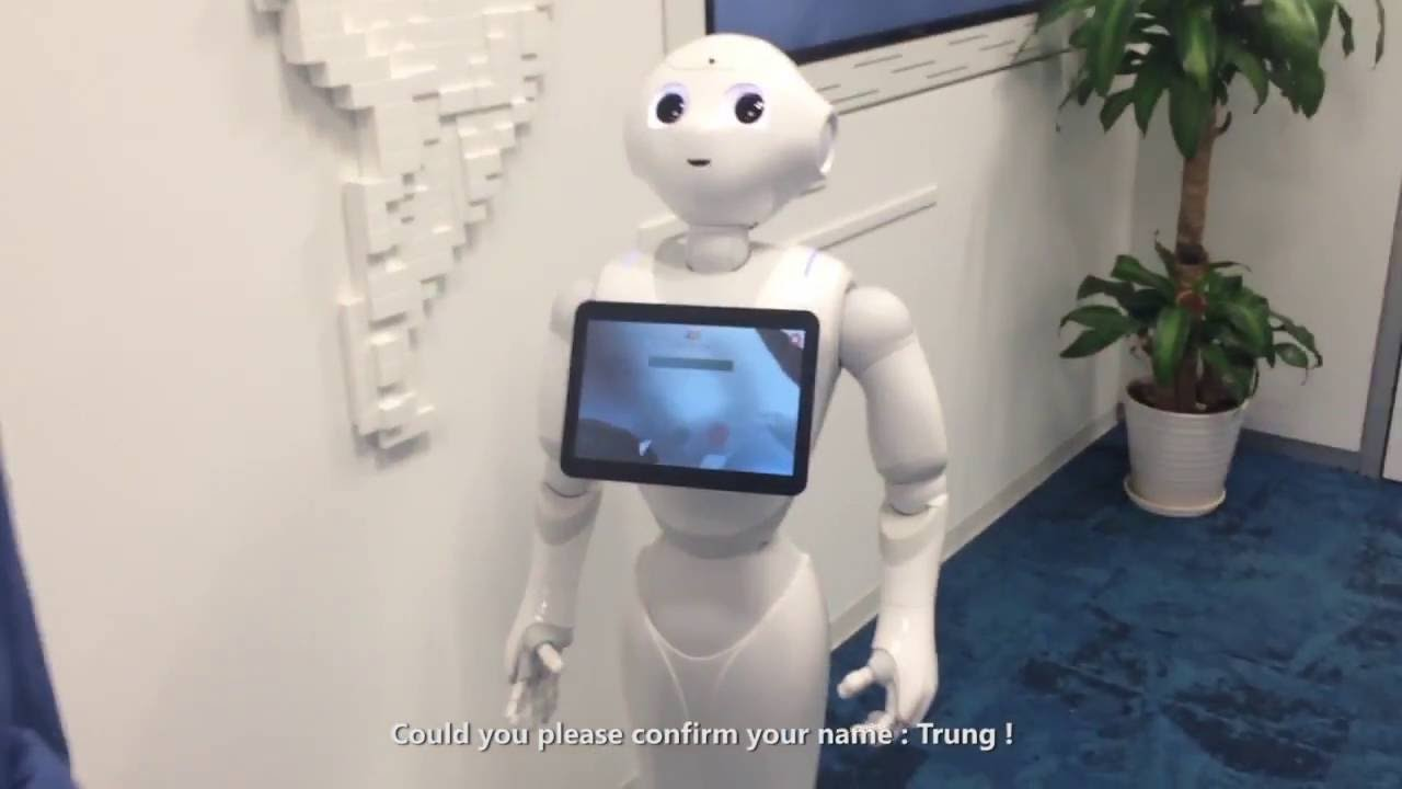 {FPT Software} Pepper Robot - first receptionist robot at FPT
