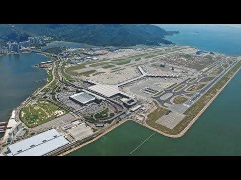 Hong Kong International Airport. Arrival and Departure