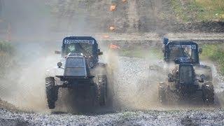 Преодоление тракторами рва с водой. Бизон-Трек-Шоу 2013
