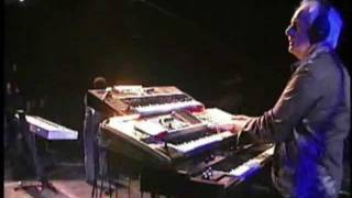 OWNER OF A LONELY HEART / Performed by Billy Sherwood, Tony Kaye, Jimmy Haun and Bobby Kimball