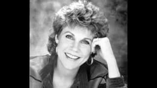 Watch Anne Murray Things video