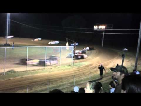 2012 Start World of Outlaws at North Alabama Speedway