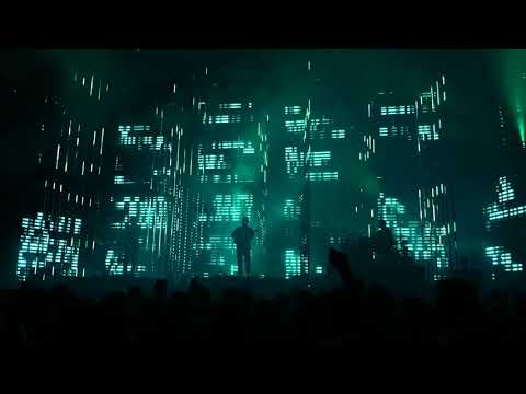alt - J - Intro (an Awesome Wave)- live at Coachella 2018 Weekend 1