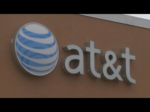 AT&T may need to sell CNN to buy Time Warner (CNET News)