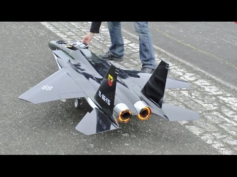 RC FORCED LANDING ON TARMAC RETRACT FAILURE  LARGE SCALE McDONNELL DOUGLAS F15 EAGLE UK  2015