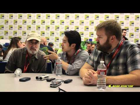 Robert Kirkman, Steven Yeun, Jeffrey DeMunn  Part 2  Walking Dead Season 2