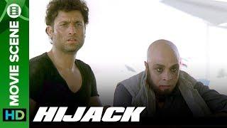 Shiney Ahuja kills the Hijackers - Hijack