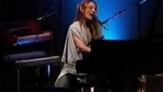 Tori Amos - Black Dove Live
