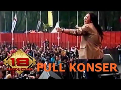 SEJEDEWE ~ REGGAE BANDUNG BERGIMBAL .. (Live Konser Bandung 22 November 2015)