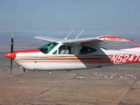 Cessna 177RG Cardinal flying