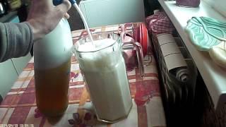 Яблочный сок и углекислота. Pasteurized apple juice and carbon dioxide.