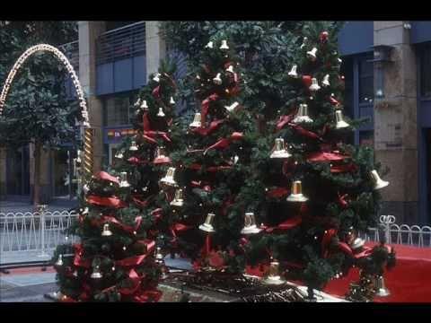 Grown-up Christmas List - Kelly Clarkson
