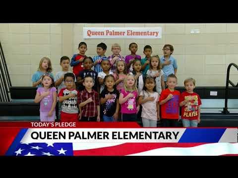 Queen Palmer Elementary School kindergarten Pledge of Allegiance