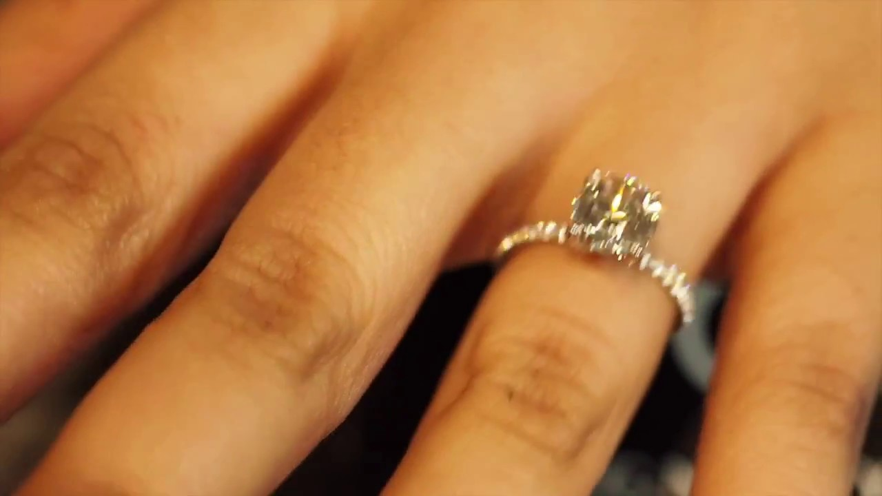 1 75ct Round Solitaire Engagement Ring With Diamonds On Band And Along Gs