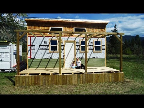 How To Build a Small 16'x20' Off Grid Cabin in Woods