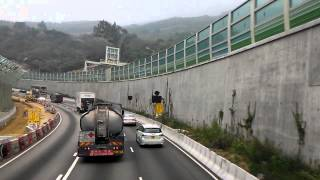 [Hong Kong Bus]KMB Dennis Trident 10.6M JK5056@67M 屯門公路一小段(上層車頭牌箱鬆開)