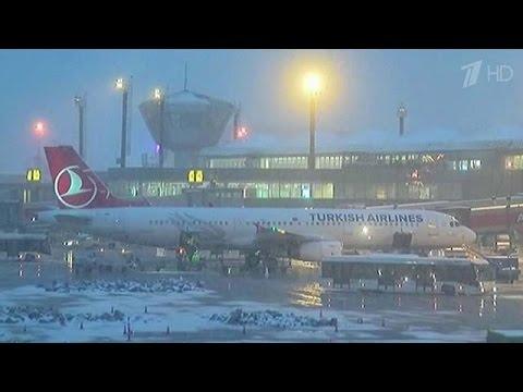 Россию завалило снегом